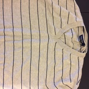 Men's Nautica sweater size L wore once $15